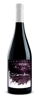 CHAPILLON SIENDRA  2015 AREA:  ARAGON GRAPES:  80% Old vine  Garnacha , 7% Cabernet 7 % syrah 6% Merlot Oak: 12 Month in American oak